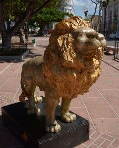 Ponce_lion_5