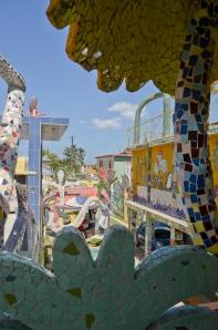 More of the Gaudí like wonderland