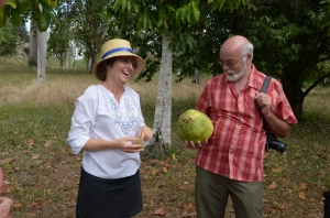 Gerry with our Guide Hilda at the Cienfuegos botanical garden, yah?