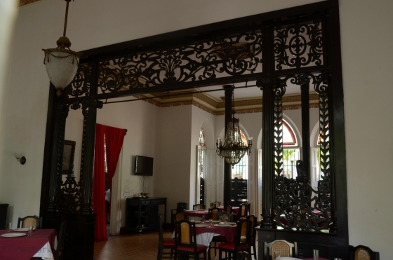 The gorgeous room divider (La Verja, Cienfuegos)