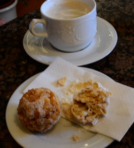 Schneeball - Snow Ball - local pastry in Rothenburg