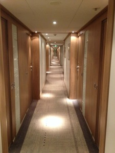 The corridor with rooms on both sides