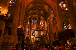 The metal ring over the alter is by Antoni Gaudi. (La Seu, Palma de Mallorca)