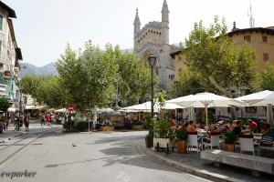 The main square of Soller