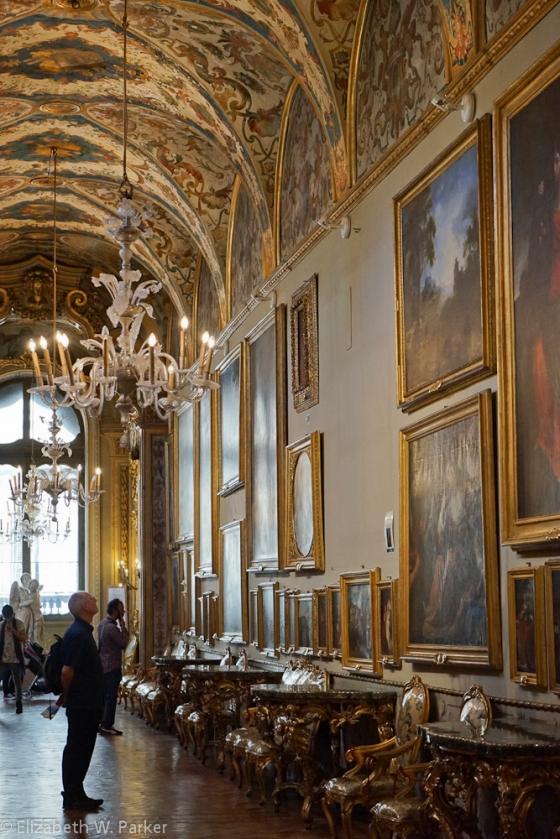 Inside the Doria Pamphilij - Sumptuous decoration and a huge art collection!
