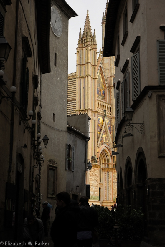 No, The Duomo facade did not look like this when we saw it - BUT this is what it looks like in all my memories, and is therefore a more accurate version of what I want you to see.